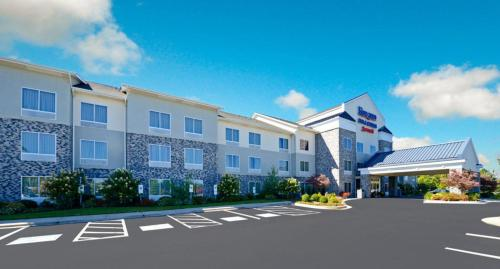 Fairfield Inn by Marriott Boone -  star rating for travel with kids