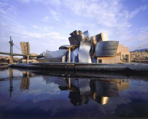 Paquete Guggenheim Hotel Miró 1
