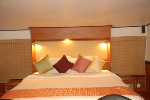 Отель St Jude Cruises 0 звёзд Индия