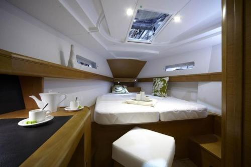 Boot mit 5 Schlafzimmern (Five-Bedroom Boat)