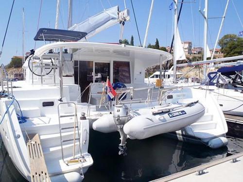 Отель Boat in Trogir (12 metres) 3 0 звёзд Хорватия