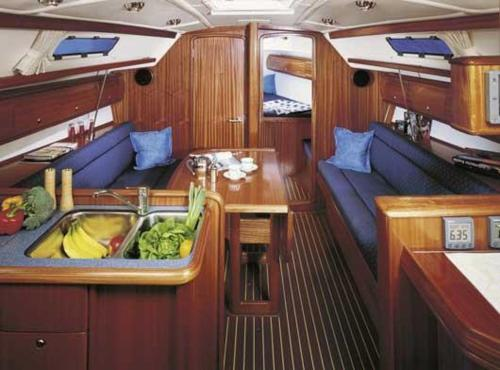 Four-bedroom Boat