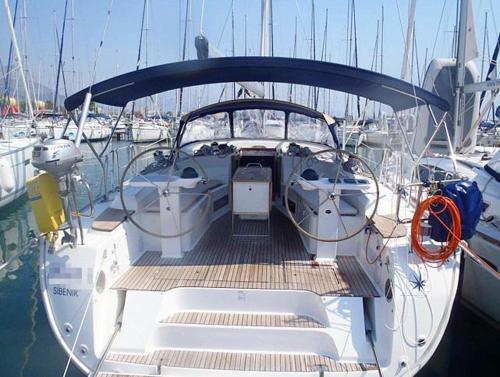 Boat in Trogir (14 metres) 10