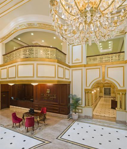 Warwick Doha, Ad-Dauha