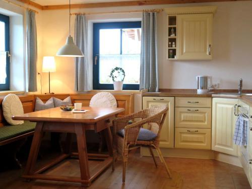 Appartements Rettensteiner - Apartment mit 1 Schlafzimmer und Terrasse