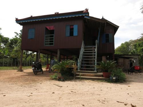 Isanborei Homestay 2, Kâmpóng Chheutéal