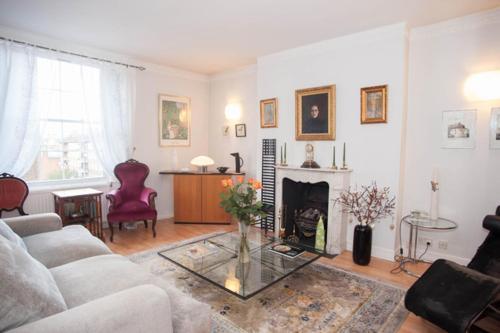 Vive Unique - West Kensington Apartment