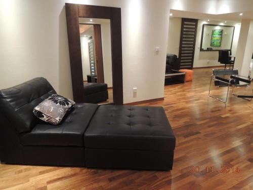 Julia Court 2 Apartment