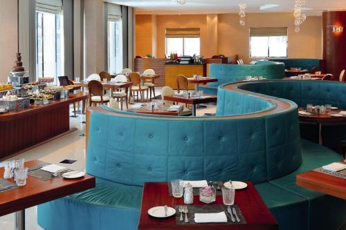 AVANI Deira Dubai Hotel photo 7