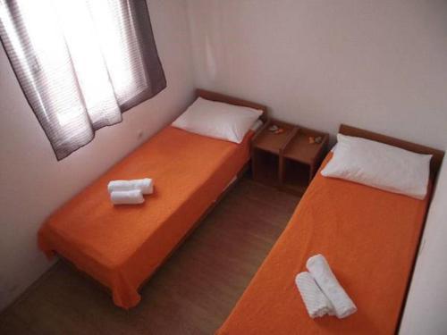 Apartments Mira-Ana