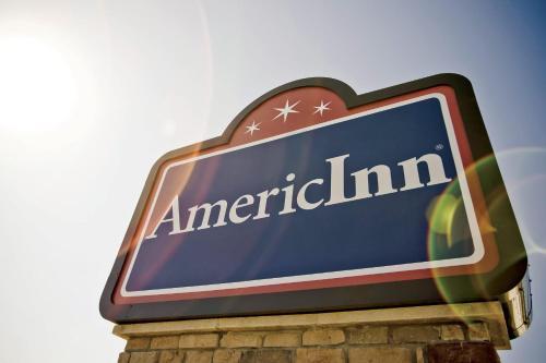 Americinn Hotel Suites River Front