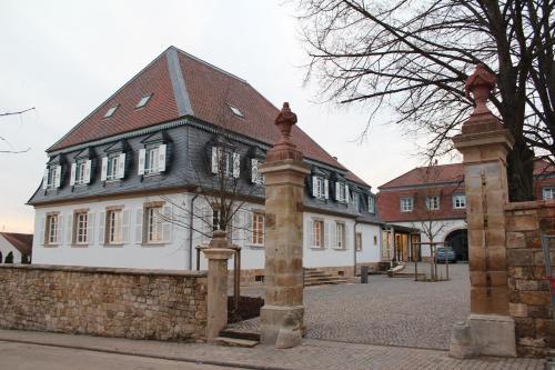 Schlössl Oberotterbach schlössl oberotterbach hotel steinfeld in germany