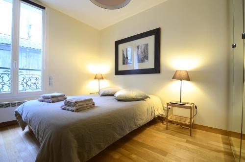 Montmartre Faubourg Apartment