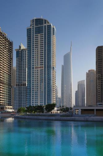 Mövenpick Hotel Jumeirah Lakes Towers Dubai photo 21