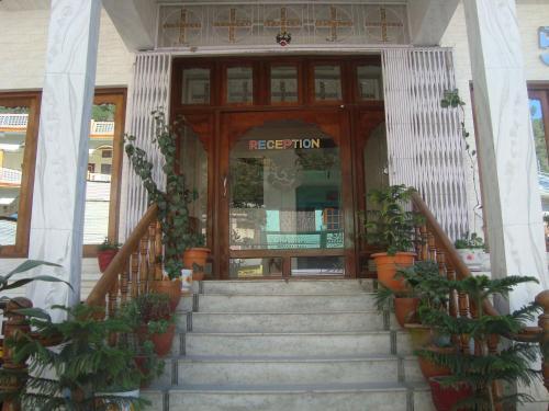 5 Elements Hotel