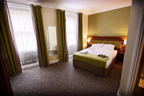 Photo of Surtees Hotel Hotel Bed and Breakfast Accommodation in Newcastle upon Tyne Tyne & Wear