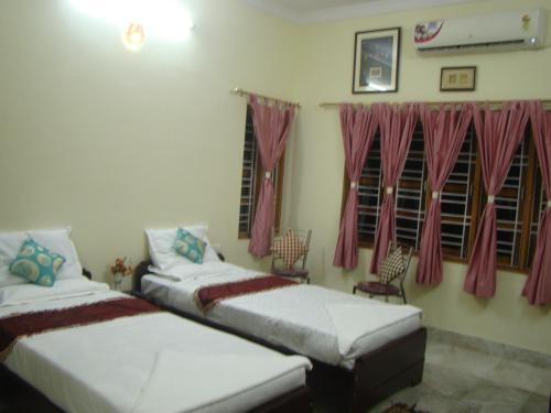 SR Corporate Guest House