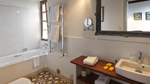 Superior Double or Twin Room Hotel Rural 3 Cabos 23