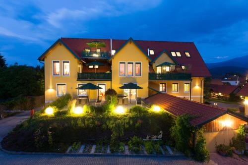 Komfort Appartements Zirbenland