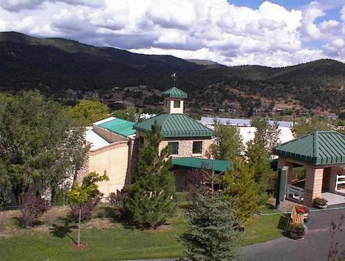 Ruidoso Downs Condos by VRI resorts