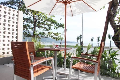Dan Oasis Beach Hotel and Apartment, Danang
