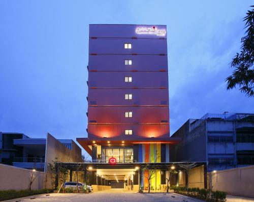 Отель Amaris Hotel Pasar Baru 2 звезды Индонезия