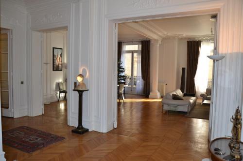 Prestigious Appartement Trocadero