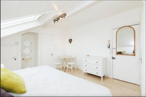 Attic Apartment Near Portobello Market