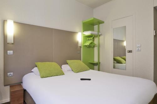 Отель Campanile Paris Ouest - Porte de Champerret Levallois 2 звезды Франция
