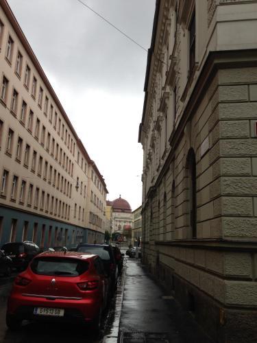 Picture of Zimmer und Appartements Trauttmannsdorffgasse