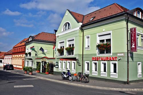 Hotel Villa Classica front view