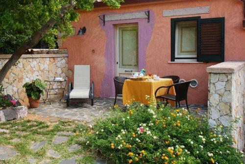 foto Hotel Villa Gli Asfodeli (Suni)