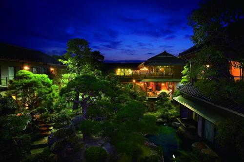 Отель Kagetsu 4 звезды Япония