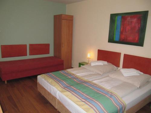 Litty's Hotel photo 5