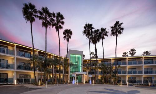 Marina Del Rey Hotel CA, 90292