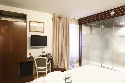 Habitación Doble - 1 o 2 camas Hotel Museu Llegendes de Girona 8