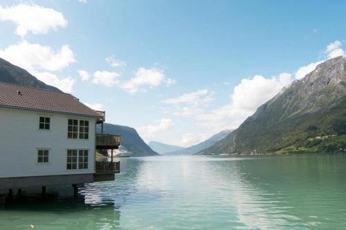 Two-Bedroom Holiday home in Skjolden 2