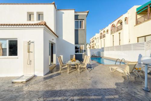 Отель Villa Cornelia 0 звёзд Кипр