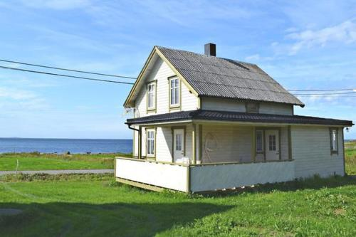 Four-Bedroom Holiday home in Nøss