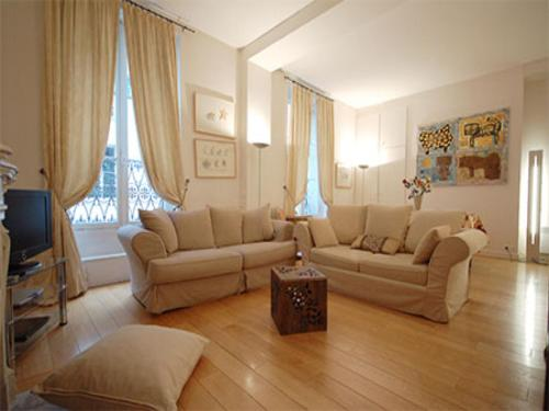 Apartment Place des Vosges