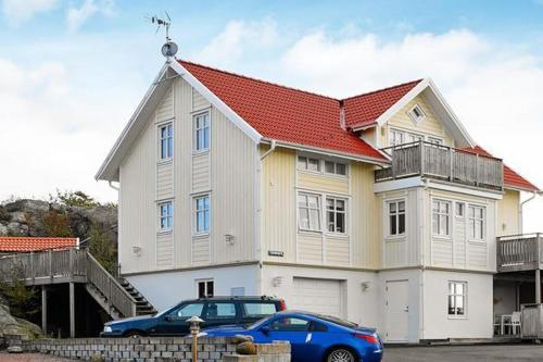 Отель One-Bedroom Holiday home in Skärhamn 0 звёзд Швеция