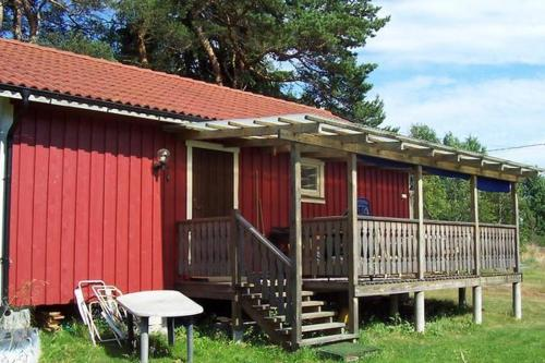 Two-Bedroom Holiday Home In Svanesund 1