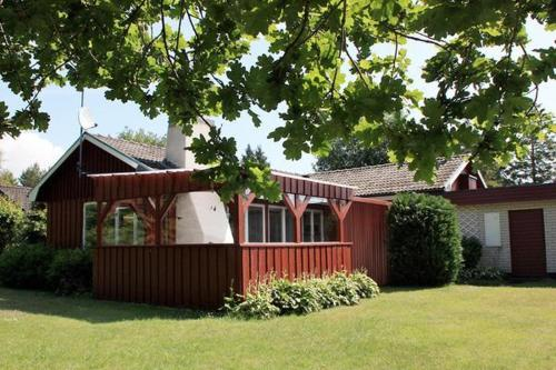 Four-Bedroom Holiday home in Nybrostrand