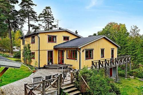 Four-Bedroom Holiday home in Åkersberga