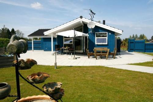 Three-Bedroom Holiday home in Præstø