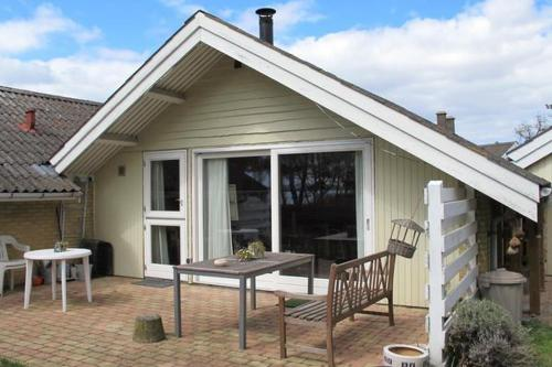 One-Bedroom Holiday home in Askeby