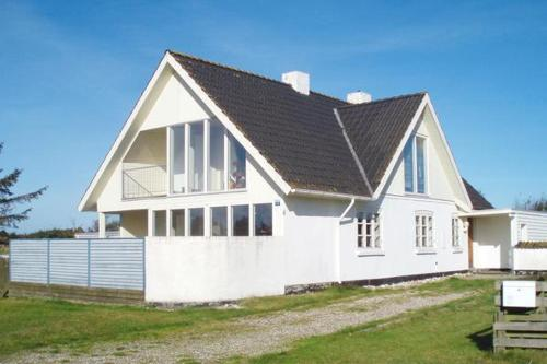 Four-Bedroom Holiday home in Snedsted