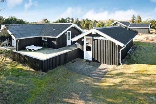 Three-Bedroom Holiday home in Fanø 1
