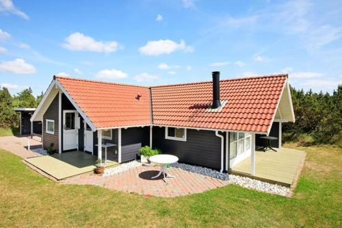 Three-Bedroom Holiday home in Blåvand 7