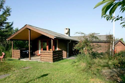 Three-Bedroom Holiday home in Thyholm 2